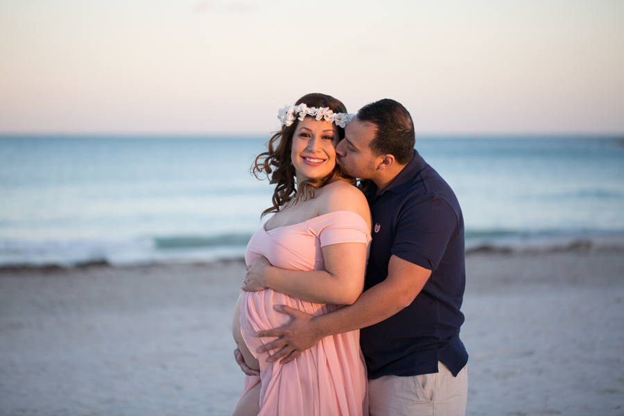 South-Pointe-Park-Maternity-Session-001