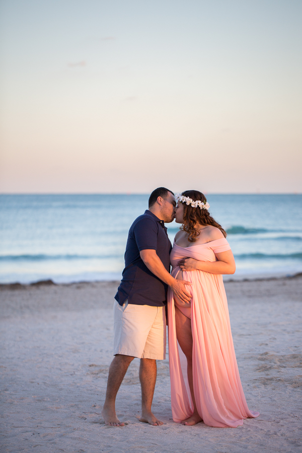South-Pointe-Park-Maternity-Session-013