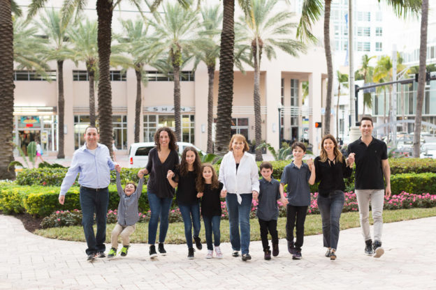 Extended Family Photography Session Loews Miami Beach Hotel