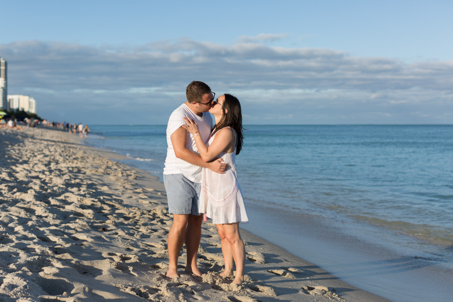 Couple kissing miami beach